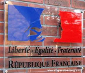 panneau-mairie-plexiglass